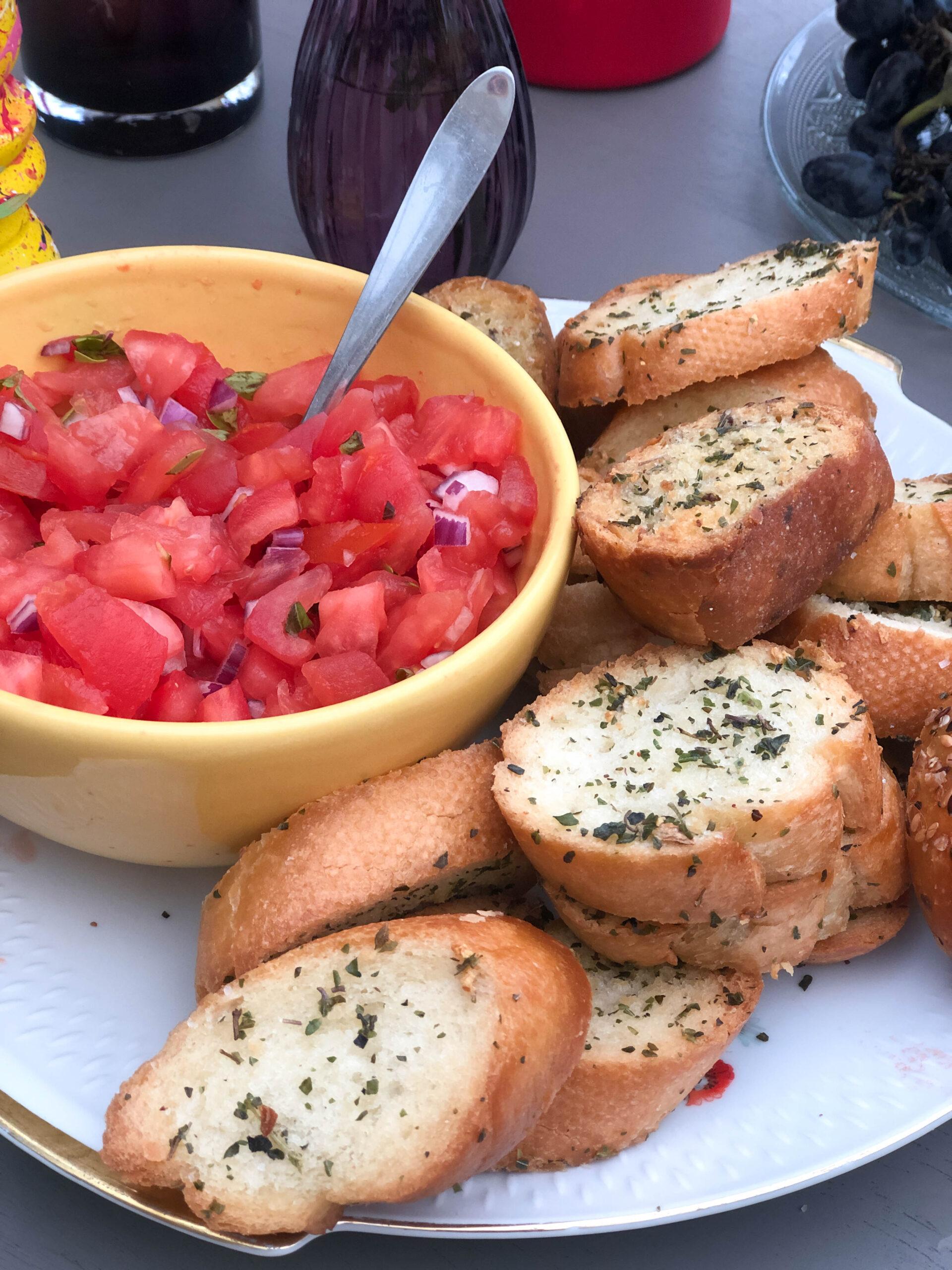Read more about the article Tomaten bruschetta & knoflookbrood